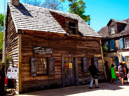 oldest-wooden-schoolhouse-saint-augustine-florida-george-street