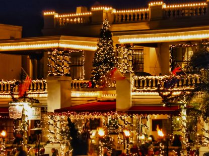 nights-of-lights-saint-augustine-bayfront-december-christmas-explore-old-city